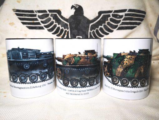 Iron Cross Magazine Assault Gun - Sturmgeschütz & Sturmhaubitze 42 Mugs